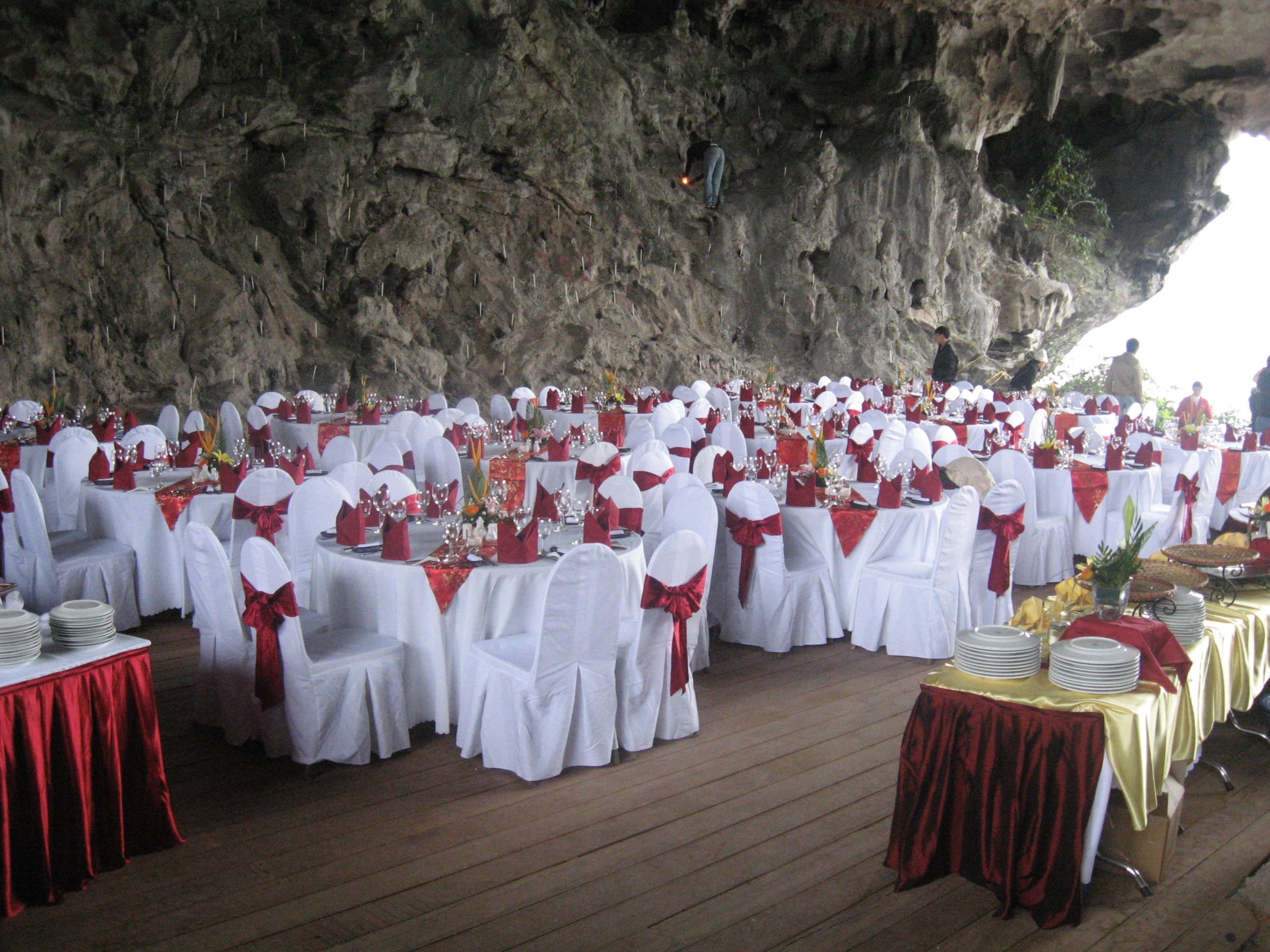 Trong Cave